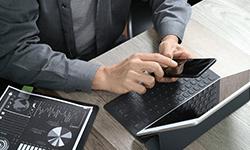 インターネット市場を調査し、そこに潜む見込み顧客を洗い出し、WEB集客のための対策を練る。